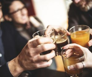 Alcohol Allergies: Symptoms, Signs, and Treatment for Reactions