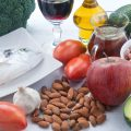 What Can I Eat to Keep My Blood Sugar and Cholesterol Low?